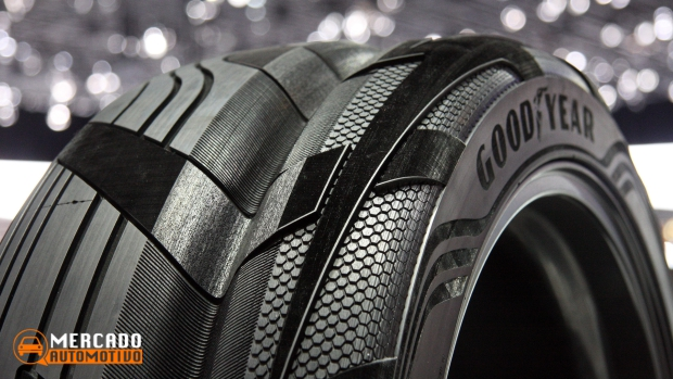 Goodyear revela pneu conceitual que gera eletricidade
